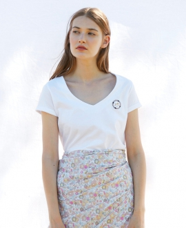 Camiseta Mujer CASILDA Y JIMENA Blanca Caballo Roseta